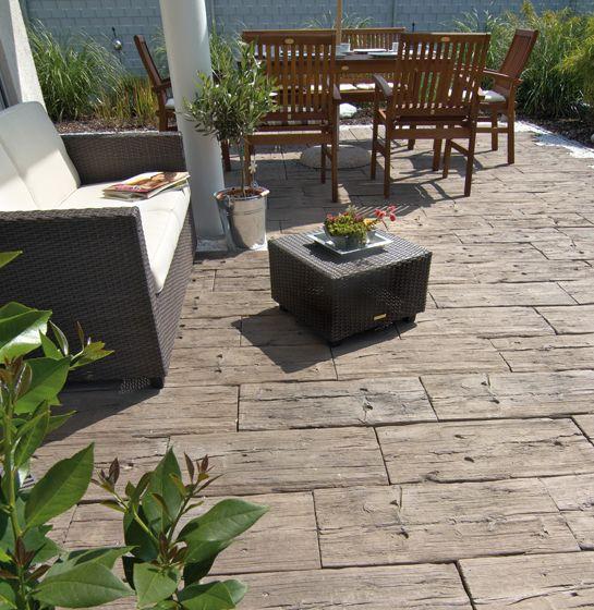 logsleeper terrassenplatten in antik braun garten. Black Bedroom Furniture Sets. Home Design Ideas