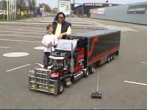 Peterbilt 359 Rc Modeltruck 1 4 D Youtube Peterbilt 359 Peterbilt Remote Control Cars Rc Trucks