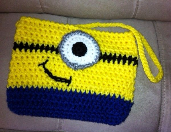 Despicable Me Minion Crochet Hat Pattern | Minion crochet, Crochet ...