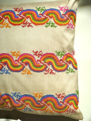 Pillow hand woven Burmese 10 ply silk RAINBOW SWIRL by IMPERIO jp #taiganholiday