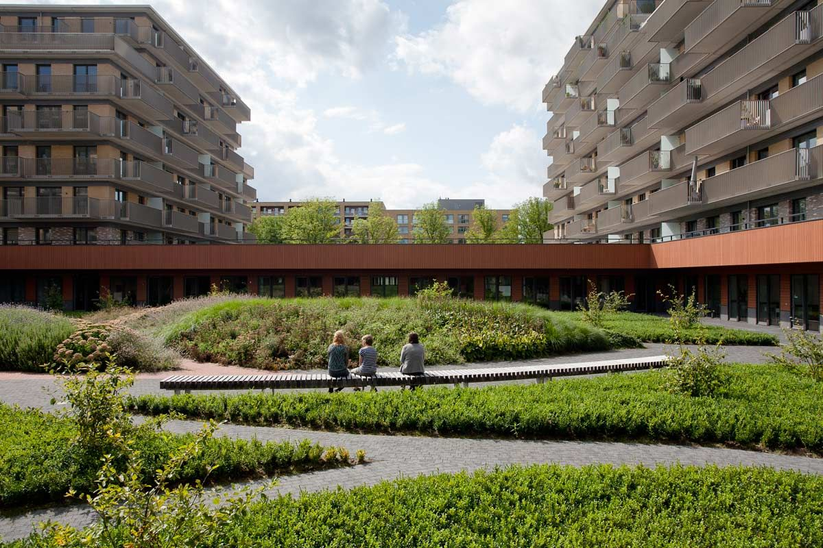 Amstelveen Zonnehuis Care Home and De Ontmoeting by Hosper « Landscape Architecture Works | Landezine