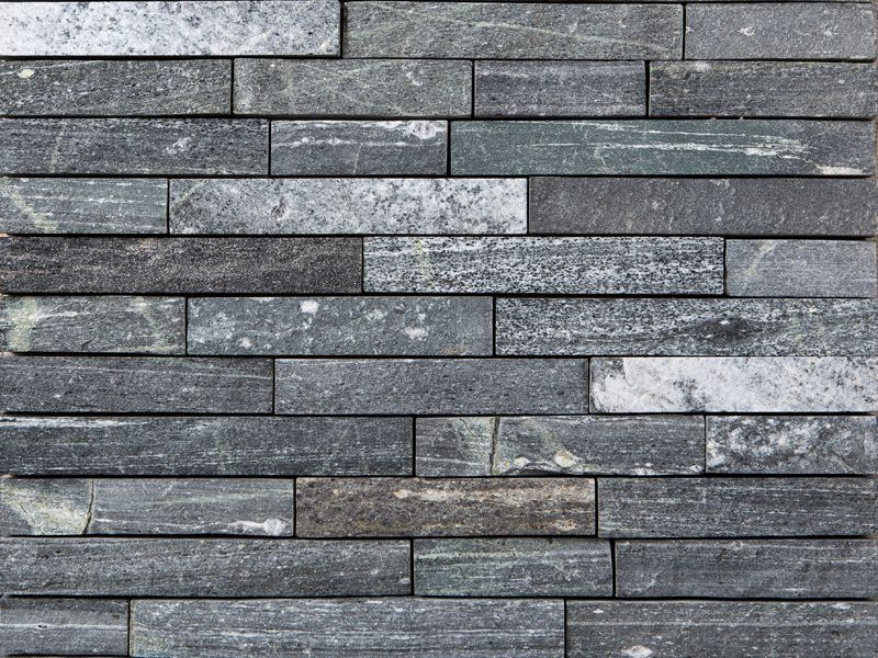 Strips greenwich gray natural stone thin veneer materials stacked for Exterior stone cladding panels