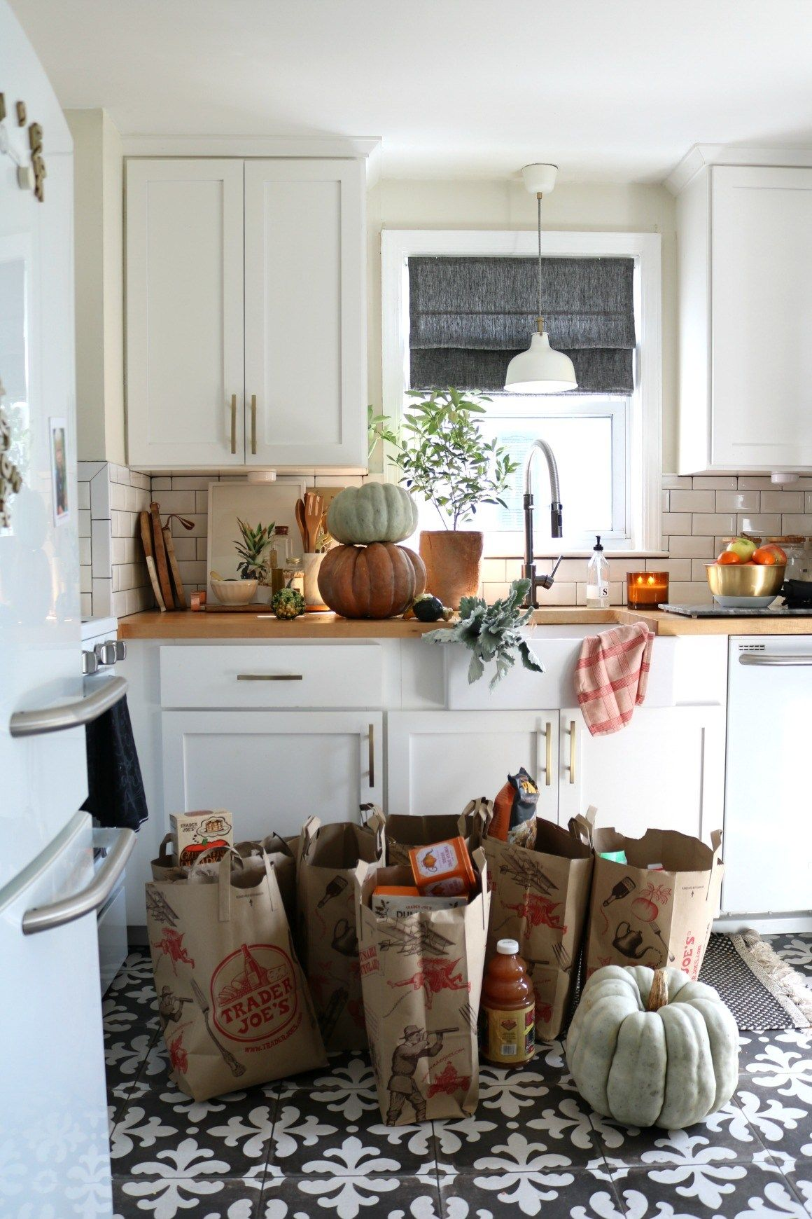 Trader Joe's Fall Favorites Shopping List: This is a list of over 500 people surveyed featuring their favorite fall treats from Trader Joe's. Check out the free printable featuring the Trader Joe's fall bucket list of grocery items with pumpkin, harvest vegetables, and family friendly dinners to try this fall.  #falldining #traderjoes #mealplanning #fallmealplanning #pumpkinrecipes #pumpkindinnerideas #nestingwithgrace #grocerylist