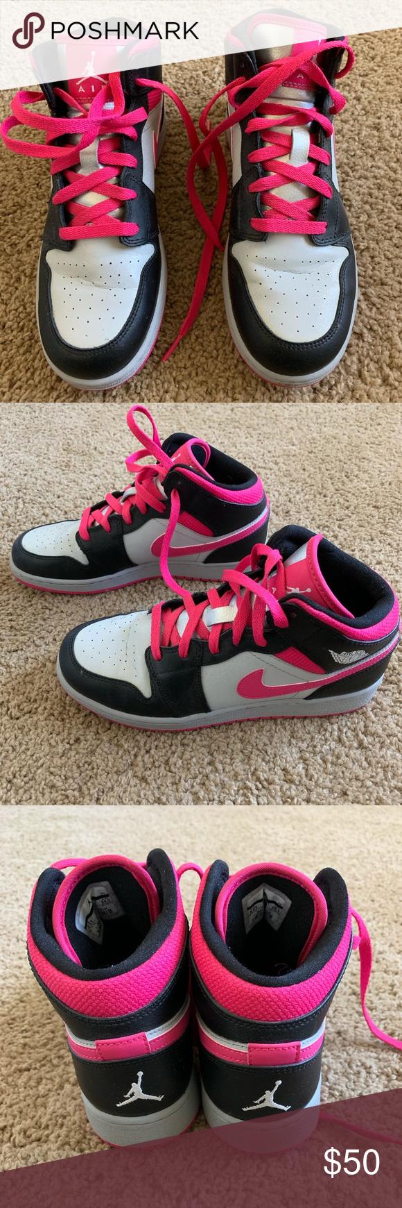 Nike Air Jordan 1 - Women's 8/Youth 6.5
