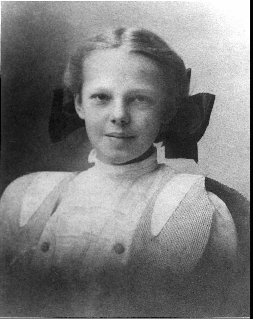 1908 photo of Amelia Earhart, age 10