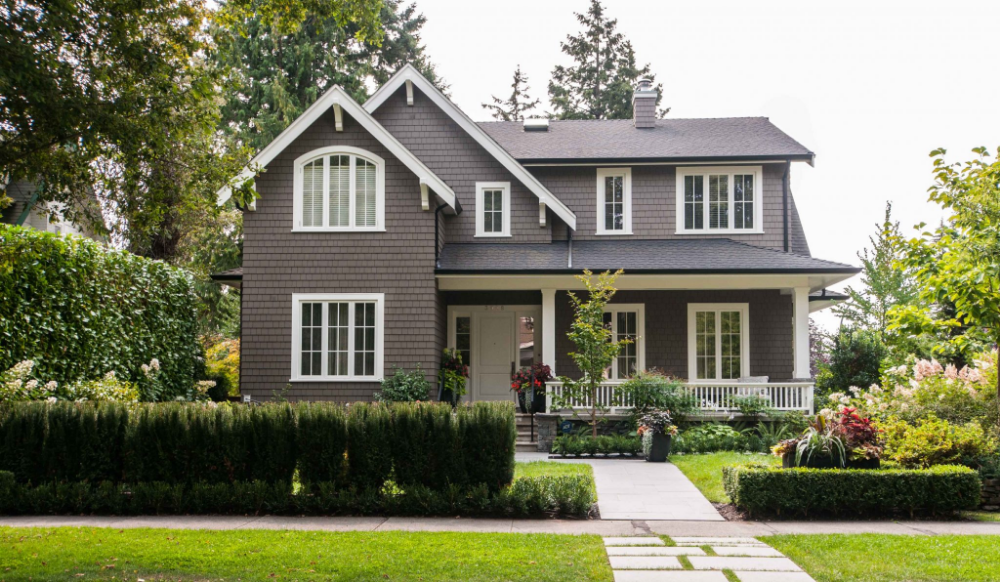 Benjamin Moore Fairview Taupe Google Search Exterior House Colors Outdoor House Paint Cottage Exterior Colors