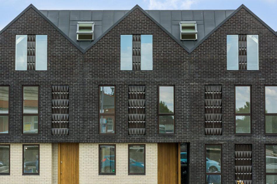 Haddo Yard Whitstable Kent The Modern House Decks Exterior