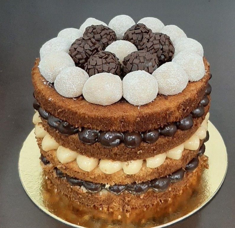 Naked Cake Brigadeiro | Jully`s Bakery | Elo7