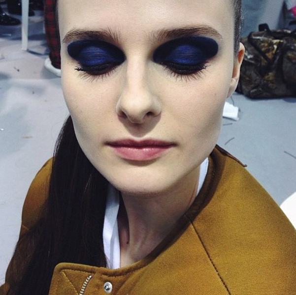 c6e7f55311 Dior Fall 2015: Side ponytails, mismatched manis + the end of beauty ...