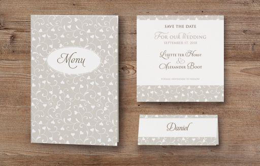Tischkarten In Perlmuttfarbenem Papier Zur Hochzeit Weddix