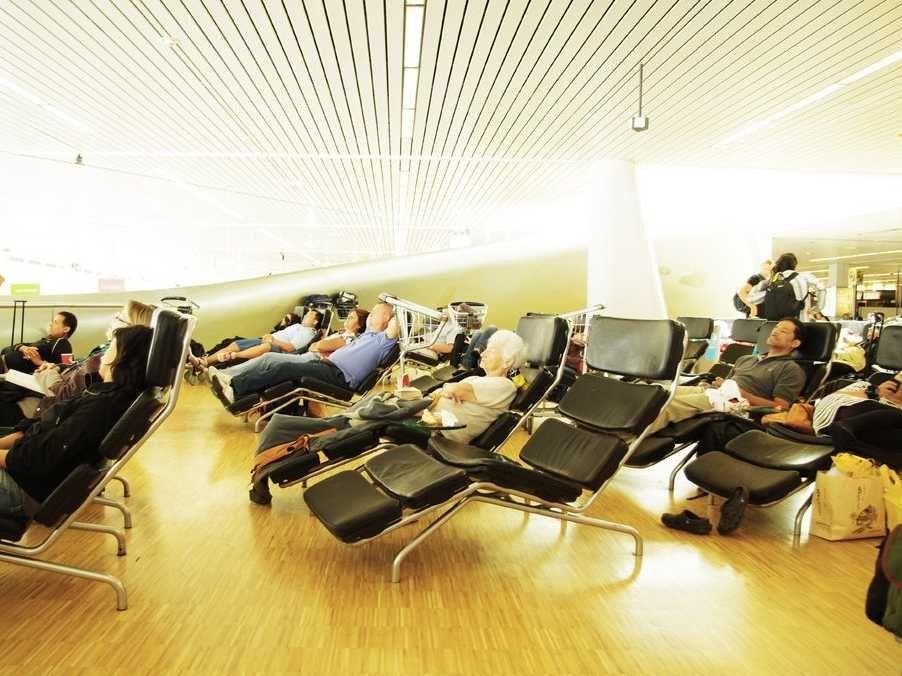 Картинки по запросу schiphol chaise lounges