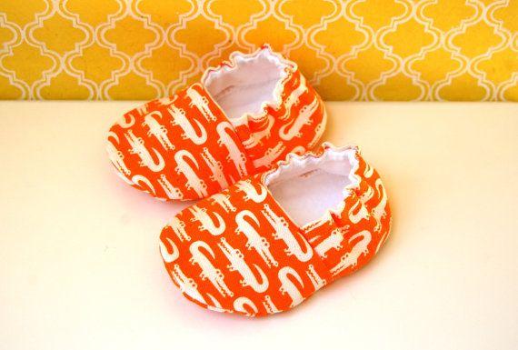 Botitas de bebé japonés caimanes - tamaño 0-6 meses