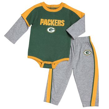 eae86c05 Green Bay Packers Infant Creeper & Pant Set | Football | Green bay ...
