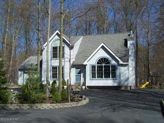 immaculate pocono home family orientedvacation rental in arrowhead