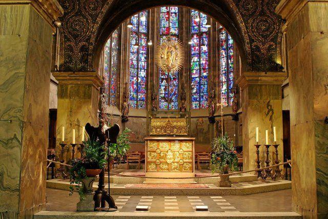 Aachener dom kirchen kapellen - Innenarchitektur aachen ...