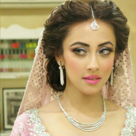 Pakistani South Asian Bridal Makeup Look Soft Subtle Makeup With