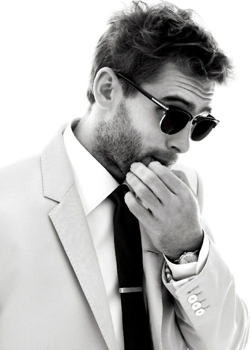 A skinny tie compliments thin jacket lapels and a wearer with a slimmer shoulder frame better. #C21styletips