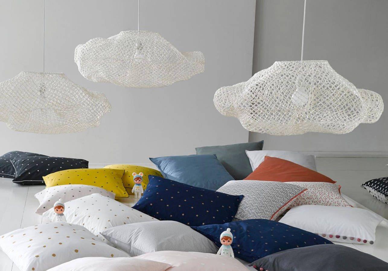 lampe enfant d couvrez notre s lection de luminaires pour la chambre d 39 enfant elle. Black Bedroom Furniture Sets. Home Design Ideas