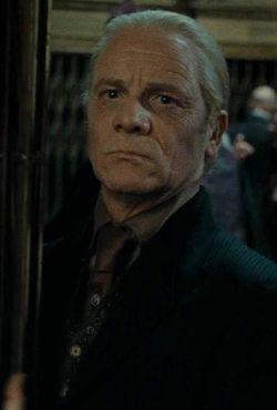 Yaxley Pesquisa Google Harry Potter