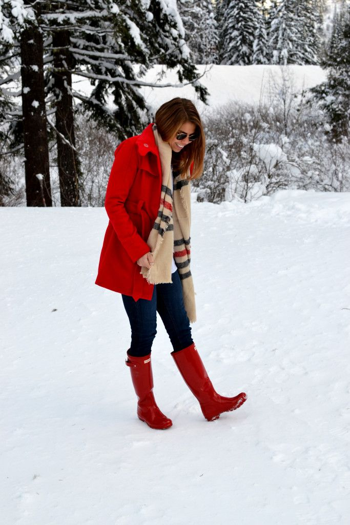 32d832976 red jacket