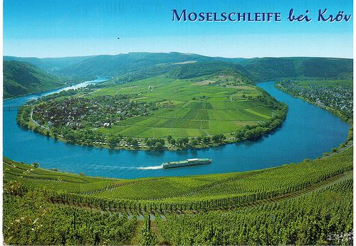 Postcrossing DE-1786193 - Scenic postcard of a small town by a river in Germany,sent by a Postcrosser in that country.