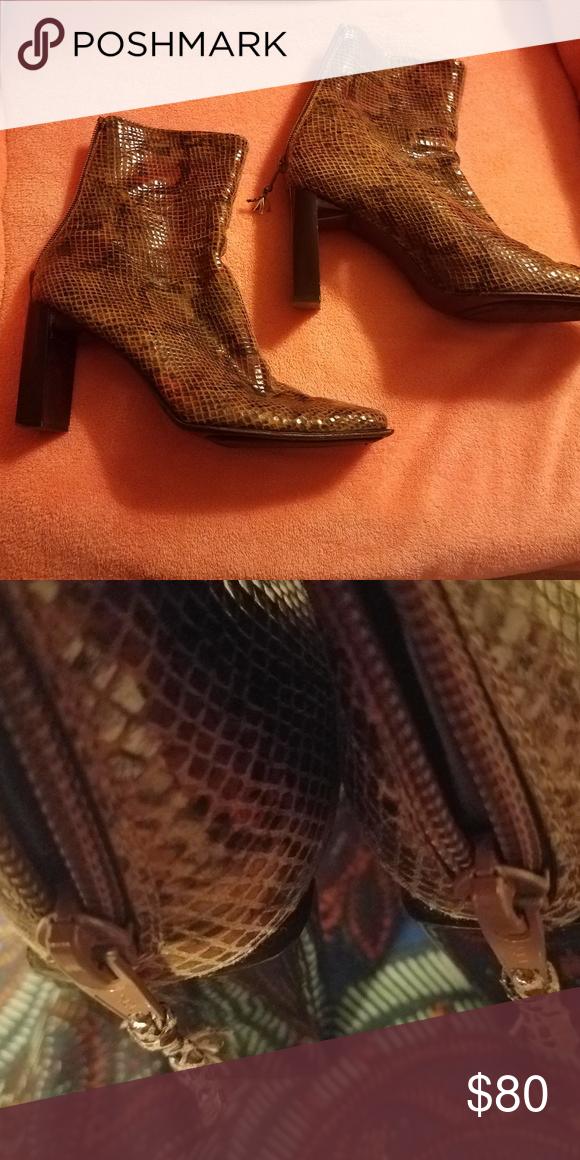 177f095dc52 Stuart Weitzman Boots Vintage Stuart Weitzman brown snakeskin ankle boots, size  7 1/2