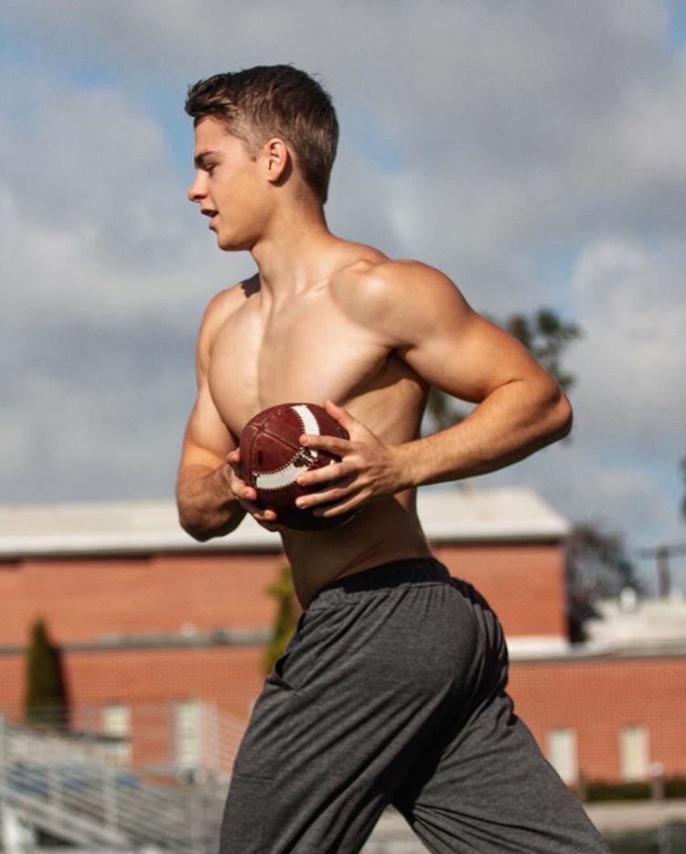 Young Romanian Model - Arthur   Fitness Men