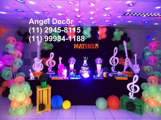 Pin Em Glow Party