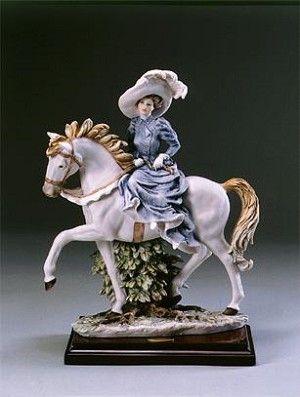 Giuseppe Armani Lady Anne-Retired Golden Age 1159C $674.00. #GiuseppeArmani #Figurine.