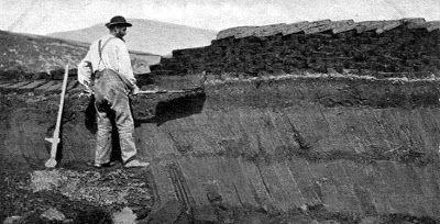 Tour Scotland Photographs: Old Photograph Crofter Casting Peats Orkney Scotland