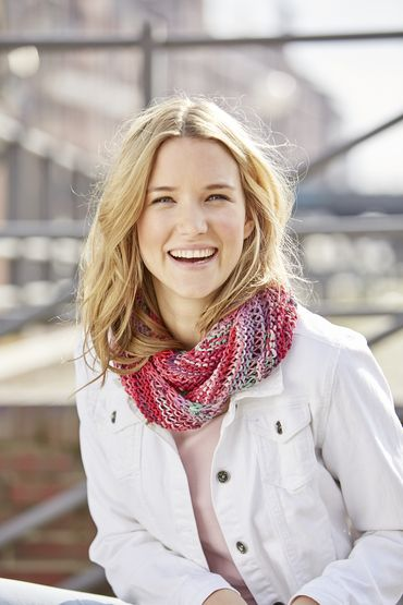 Infinity scarf with drop stitches, S9964   Schachenmayr