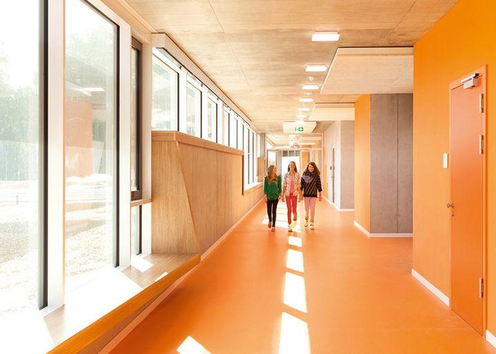 Escola Pública na Alemanha | Behnisch Architekten | http://www.bimbon.com.br/projeto/escola_publica_na_alemanha  #school #public #colors #german