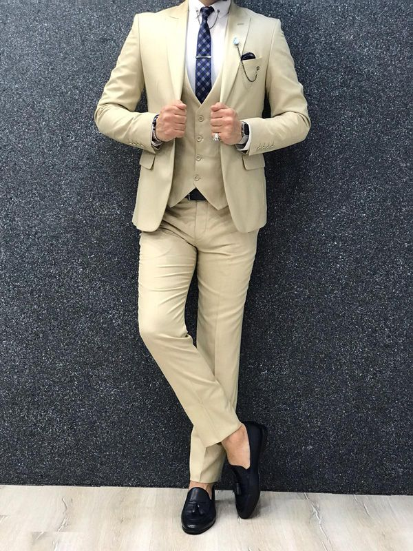 724b9b16a8841 Dickinson Beige Slim Fit Suit in 2019   GentWith Classic Style ...