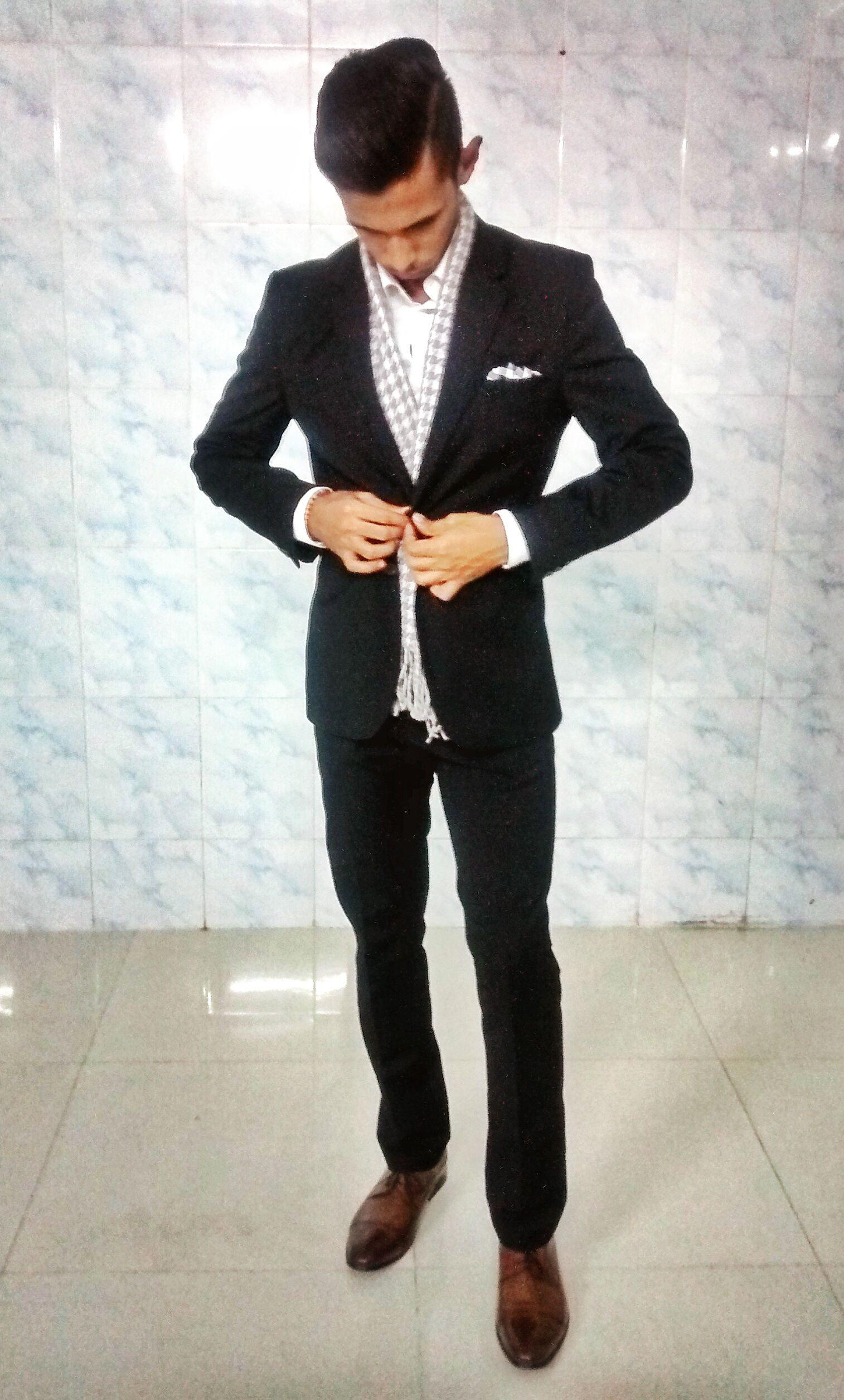 black suit black shoes - photo #12