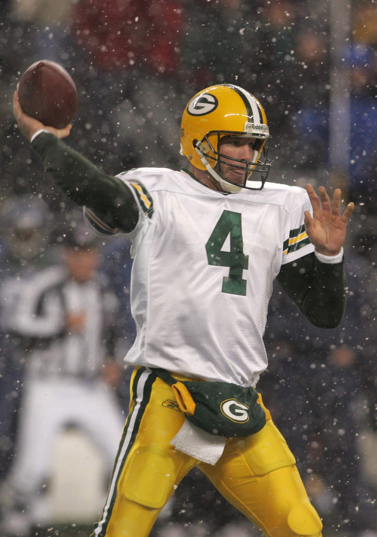 Brett Favre Packers Google Search Go Packers Packers Football Helmets