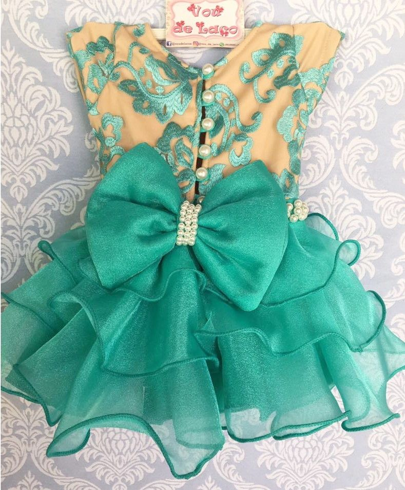 Vestido pequena sereia Tule bordado, Organza e Tule