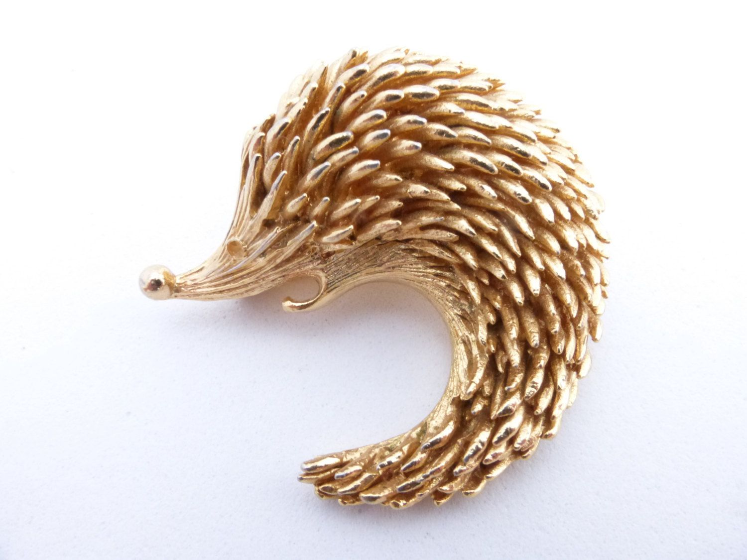 Orena Paris Hedgehog brooch detailed gold tone figural AA954 by MeyankeeGliterz on Etsy