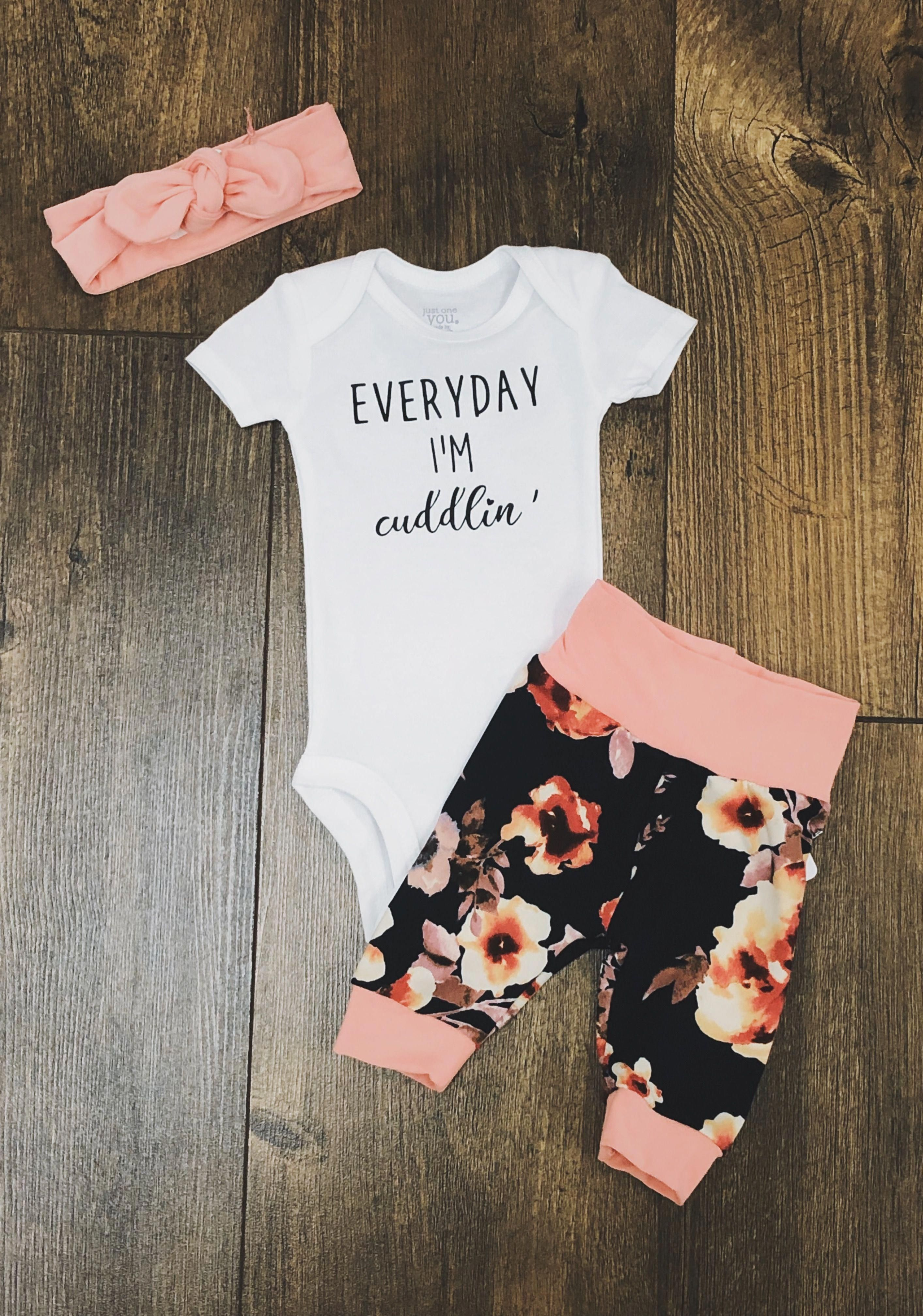 Pin by Alìcia Duque on bee babe  Baby girl outfits newborn, Cute