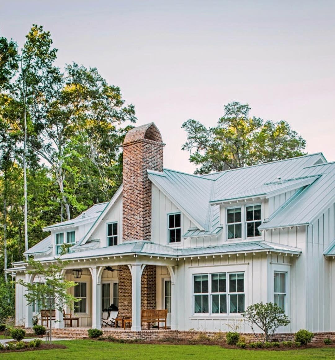 Pin By Hailey Jacobson On Dream Home Farmhouse Plans House Country Farmhouse