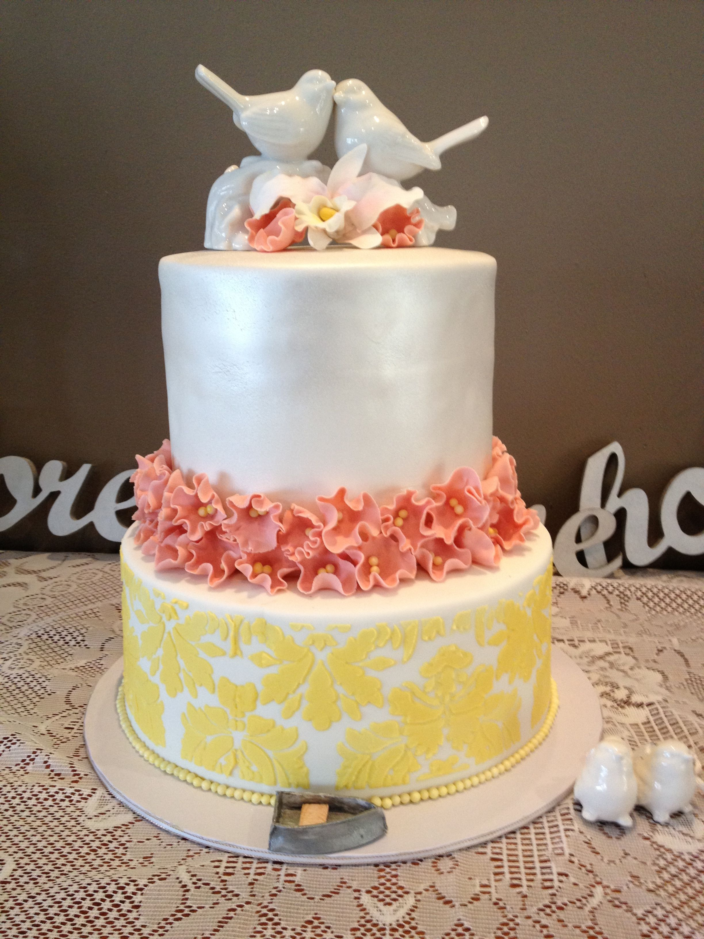 Wedding cake with perfect pastels and pearl shimmer!