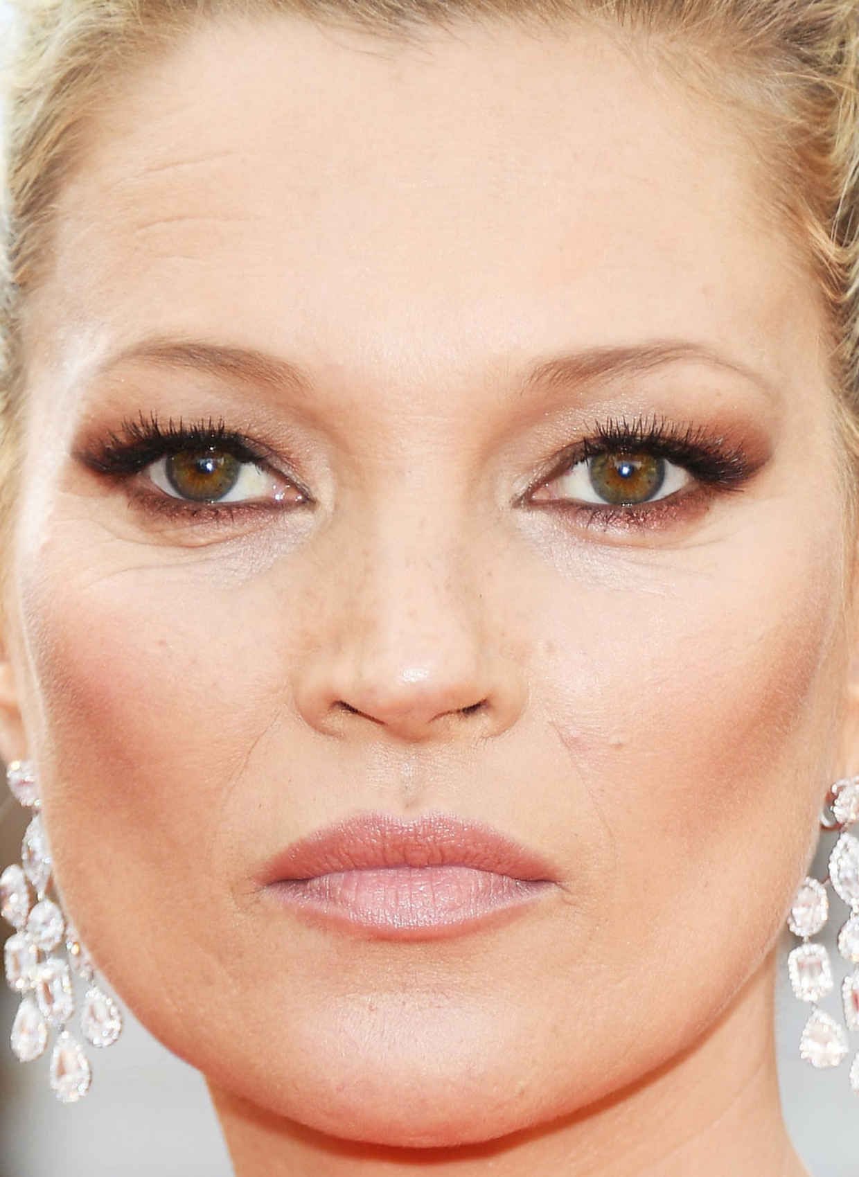 Discussion on this topic: Simple Kate Moss Inspired Eye Makeup Tutorial, simple-kate-moss-inspired-eye-makeup-tutorial/