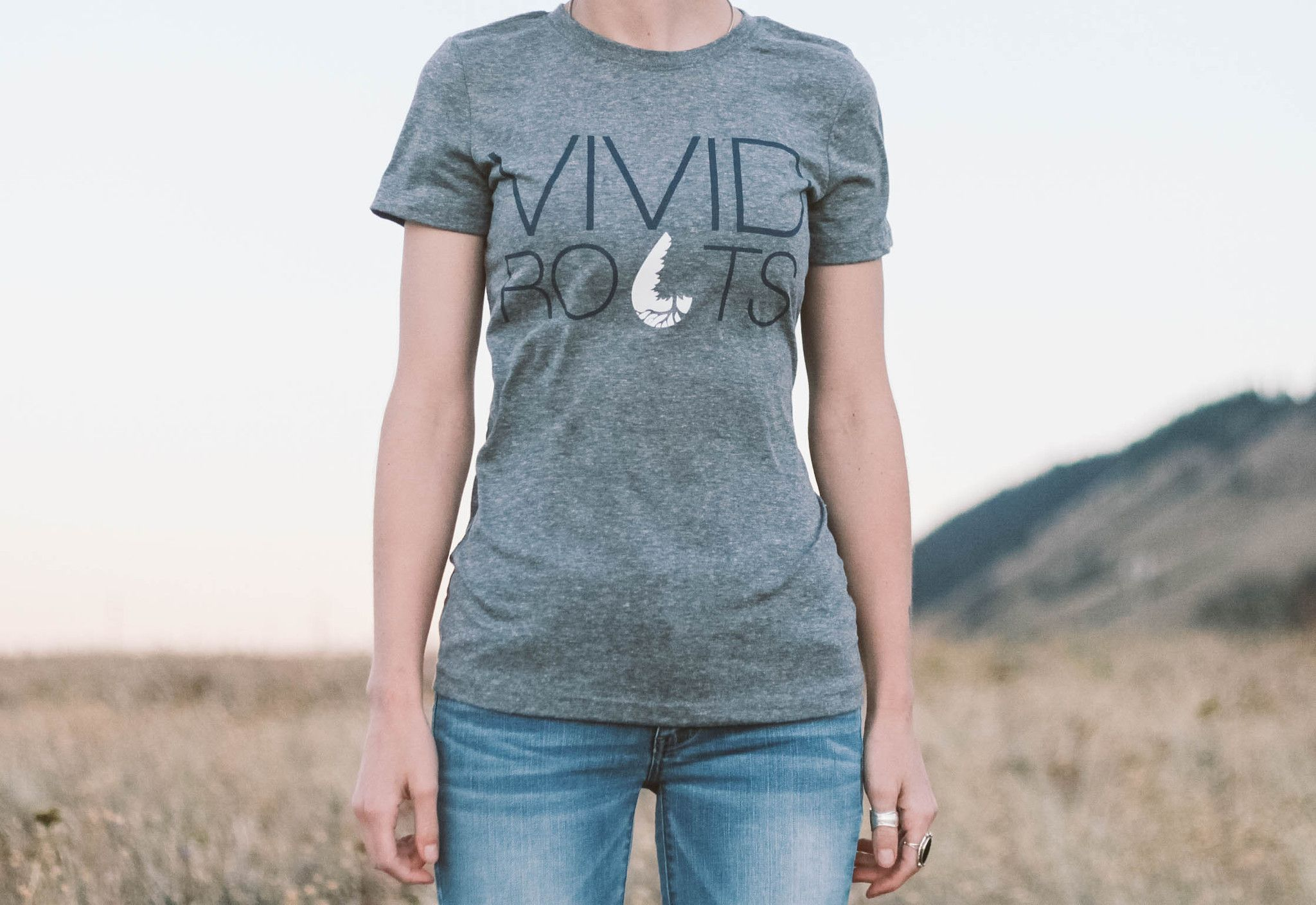 Women's Vivid Roots T-shirt - Heather Grey/Earth Tone Blue
