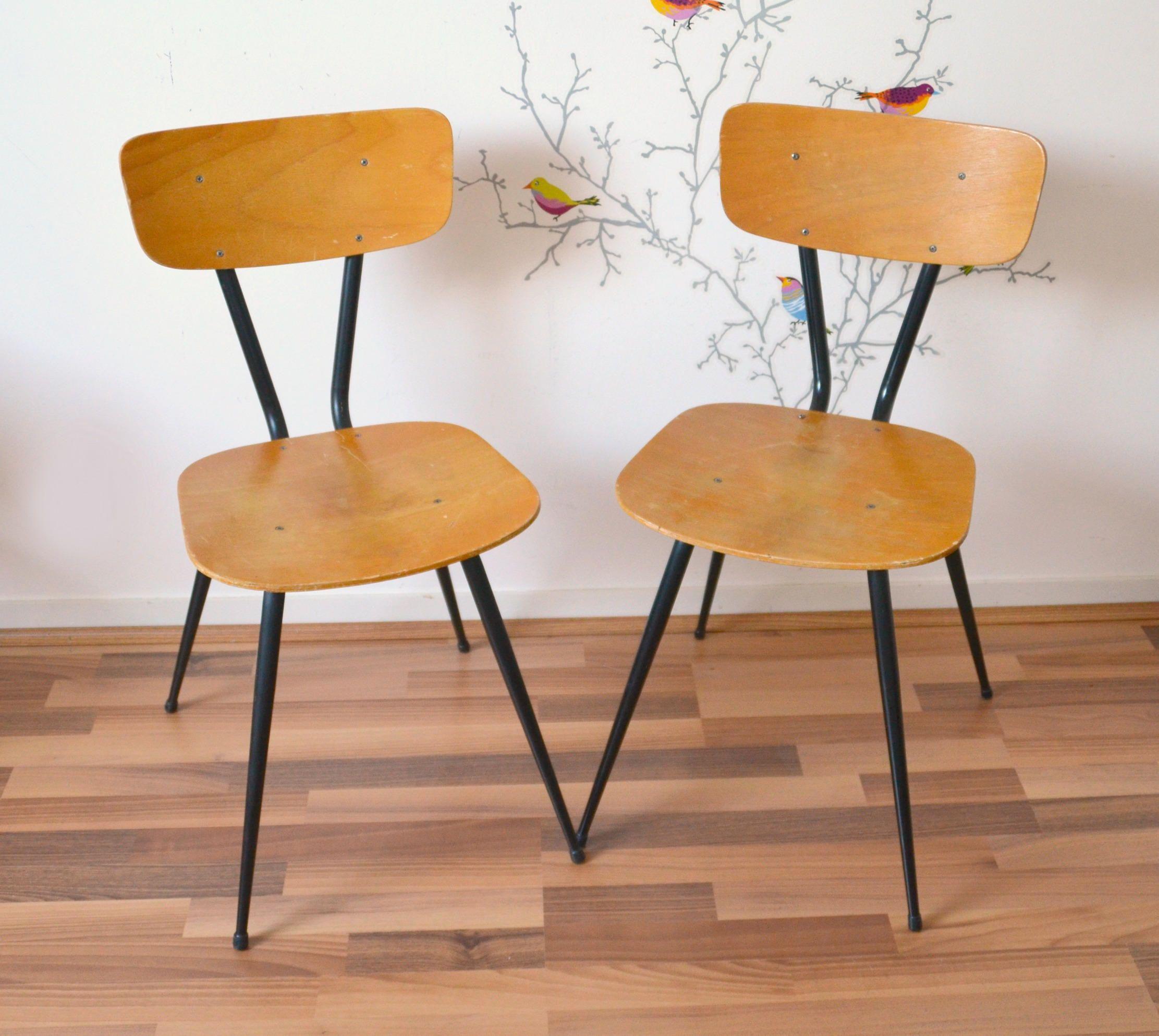 Chaises Vintage En Bois Pieds Compas Noirs Chair De La Boutique Atelierdelachoisille Sur Etsy Decor Home Decor Dining Chairs