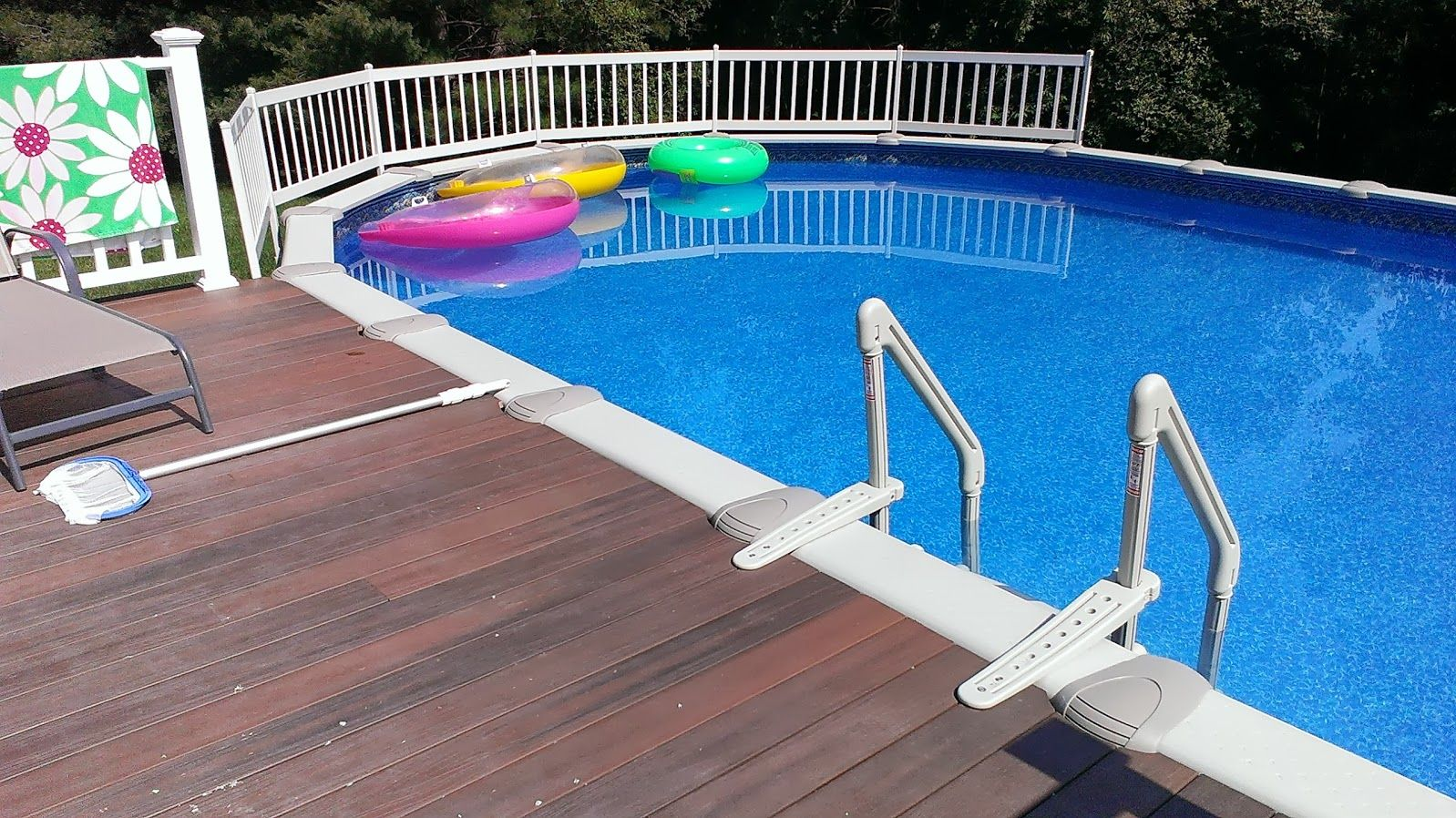18ft X 33ft Sharkline Oceanic With Brand New Wooden Deck In Easton Ma Http Www Abovegroun Above Ground Pool Decks Round Above Ground Pool Above Ground Pool