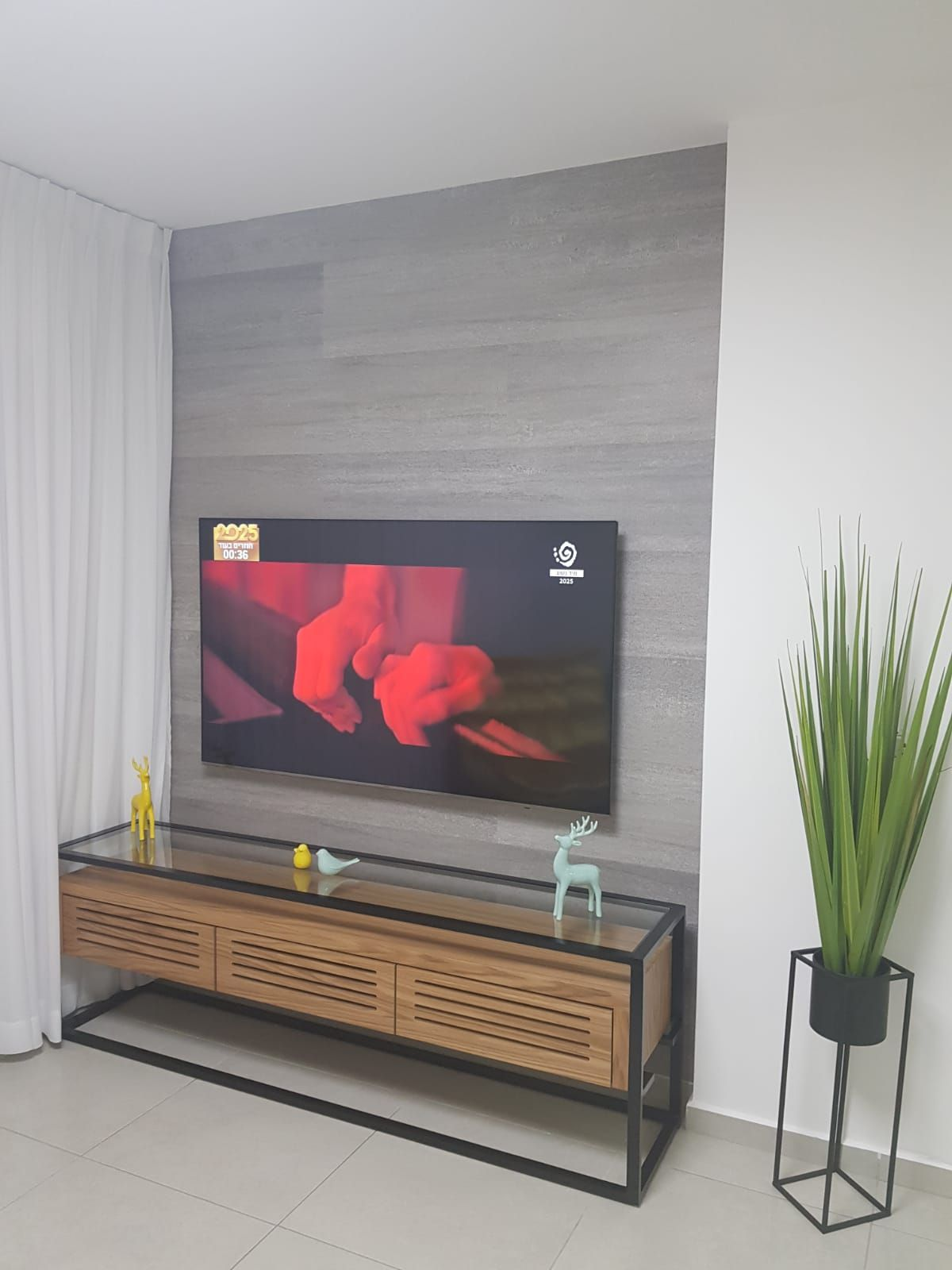 Pin by on Wall cllading Wall, Flat screen, Tvs