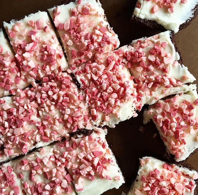 Euna Mae's : peppermint cream cheese brownies