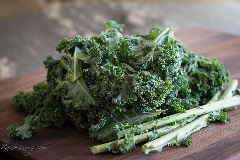 Cheezy Kale Crackers Rawmazing Raw And Cooked Vegan Recipes Raw Food Recipes Vegan Recipes Food Processor Recipes