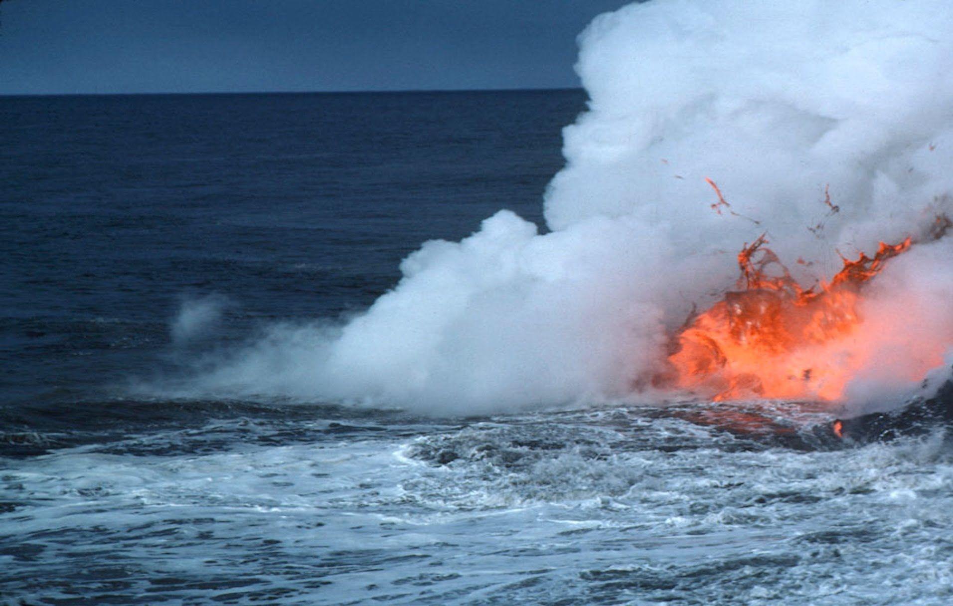 تفسير حلم رؤية البحر الهائج Volcano Virtual Field Trips Underwater