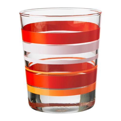 IKEA - PÅVERKA, Lasi, Yksinkertaisen suoran muotonsa ansiosta tämä matala lasi sopii kaikentyyppisille kylmille juomille, kuten ilman jäitä tarjottaville drinkeille.