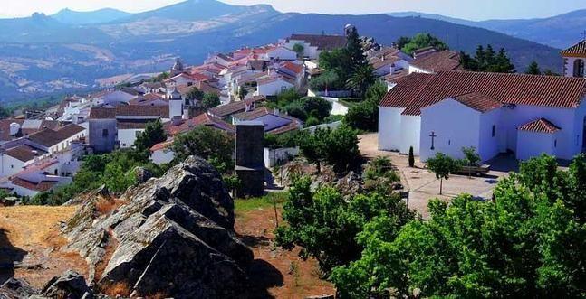 Marv o un rinc n medieval en la frontera portuguesa portugal portugal patrimonios y fronteras - Que hay en portugal ...